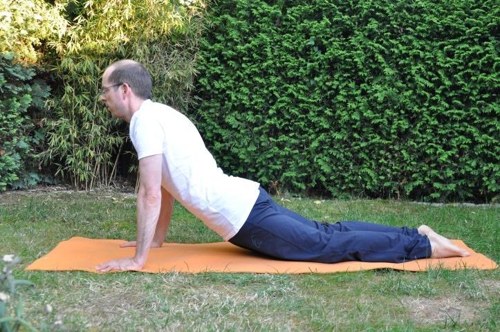 Hüftbeuger dehnen - Kobra aus dem Yoga