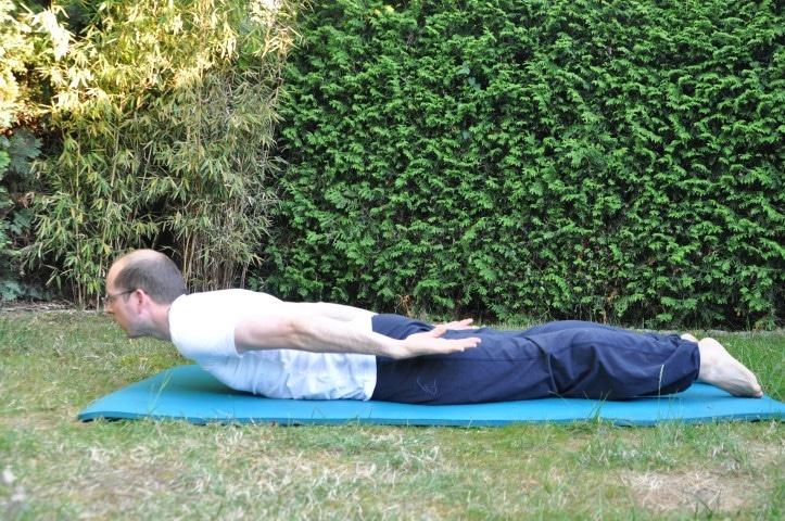Rückenübungen - Rückenschmerzen mitte Rumpfheber