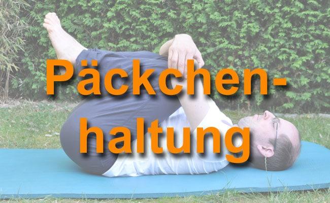 Päckchenhaltung zur Entspannung für deinen Rücken