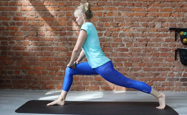 Rückenschmerzen unterer Rücken rechts - Übung seitliche Ansicht