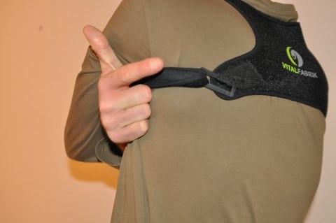 Geradehalter Rücken VITALFABRIK schnürt teilweise etwas ab